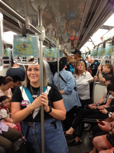 Game in Shanghai May 2017- Port supporters taking over Shanghai metro!
