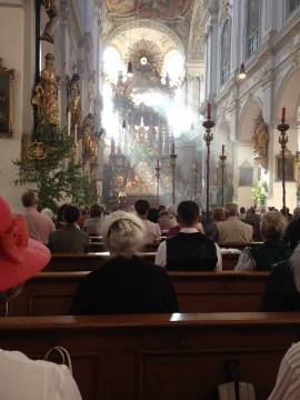 Corpus Christi Mass & procession at St Peter's church - Munich